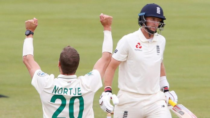 England stands on 300/7 as they break for lunch on day 2 of the 4th cricket test match of the series between South Africa and England in Johannesburg.