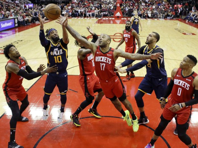 Utah Jazz managed to narrowly beat the Houston Rockets with Bojan Bogdanovic scoring the winning shot right on the buzzer as the game ended 114-113.