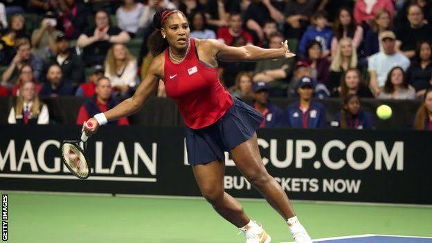 The new Australian Open champion Sofia Kenin and Serena Williams have given America a 2-0 lead over Latvia at the Fed Cup in Washington.