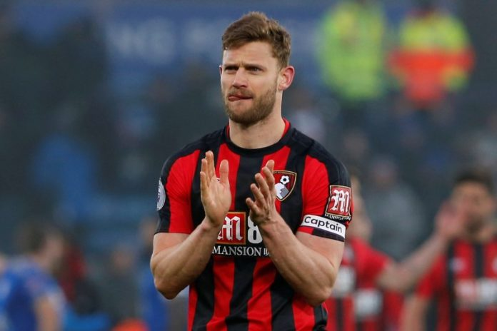After Bundesliga clubs, Bayern Munich and Borussia Dortmund announced 20% wage cuts, Bournemouth captain Simon Francis is asking Premier League clubs to follow their example.