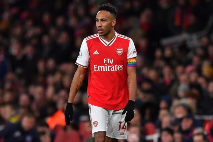 Arsenal will have to make a decision on whether to keep Pierre-Emerick Aubameyang as his contract with the Gunners expires in 2021. Manchester United have reportedly put in a £50 million for the striker.
