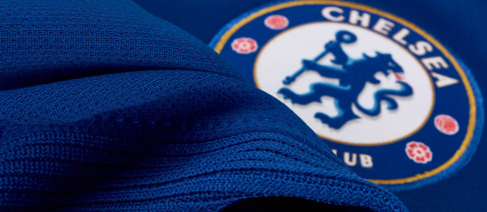 Chelsea goalkeeper Willy Caballero and striker Olivier Giroud extended their contracts until the end of the 2021 season, Chelsea announced on Wednesday.
