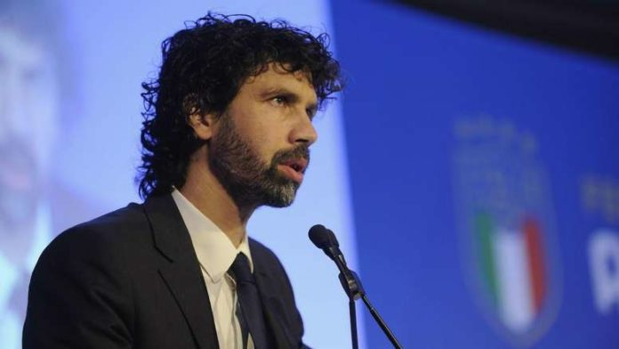 The head of the Italian Footballers' Union (AIC) Damiano Tommasi said four weeks of full training is needed before Serie A can restart.