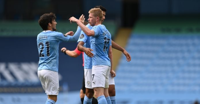 Kevin De Bruyne is hoping to crown David Silva's glorious 10 years at Manchester City by completing his set of medals with a Champions League win.