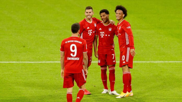 Bayern Munich got over the loss of Thiago Alcantara to Liverpool by opening their Bundesliga title defence with an 8-0 rout of Schalke at the Allianz Arena.
