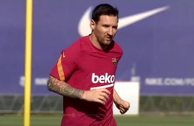 Barcelona's all-time top scorer Lionel Messi has returned to training following his failed attempt to force a move away from the club.