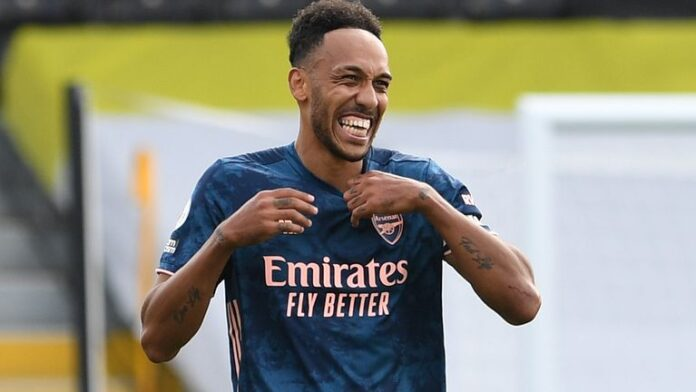 Arsenal captain Pierre-Emerick Aubameyang has signed a new three-year deal with the club after receiving two new offers.