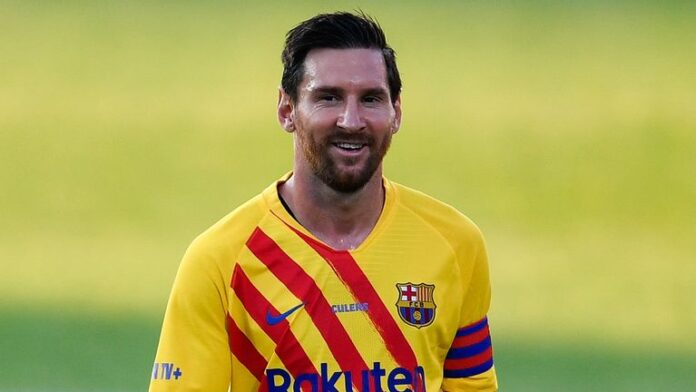 Lionel Messi made his first appearance for Barcelona since failed attempt to leave the club, playing in friendly with Gimnastic de Tarragona.