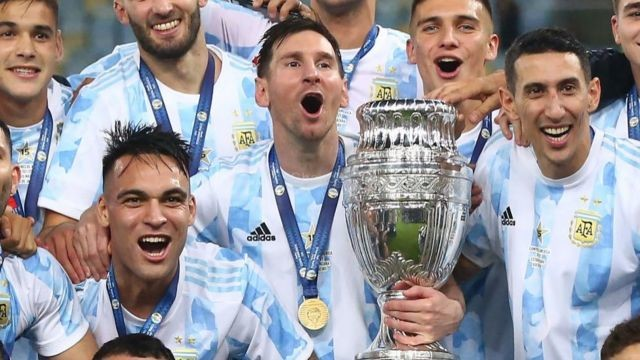 Argentina's Messi Wins First Major Trophy After Beating Brazil In Copa America Final - SportRazzi